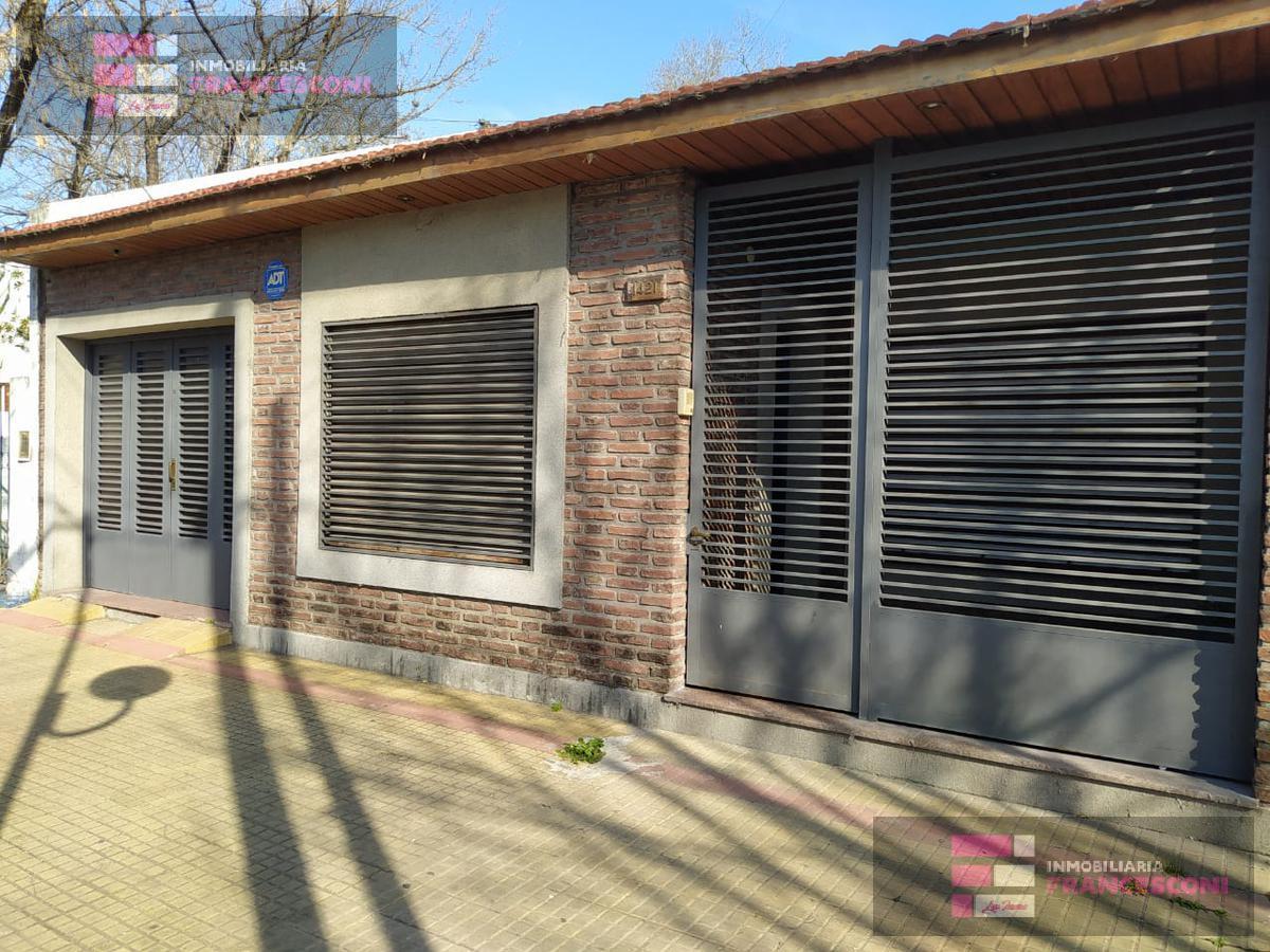 Foto Casa en Alquiler en  La Plata,  La Plata  28 61 y 62