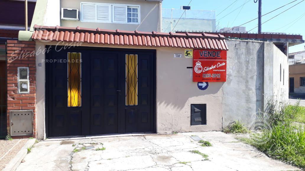 Foto PH en Venta en  Lanús Este,  Lanús  Burelas 1407