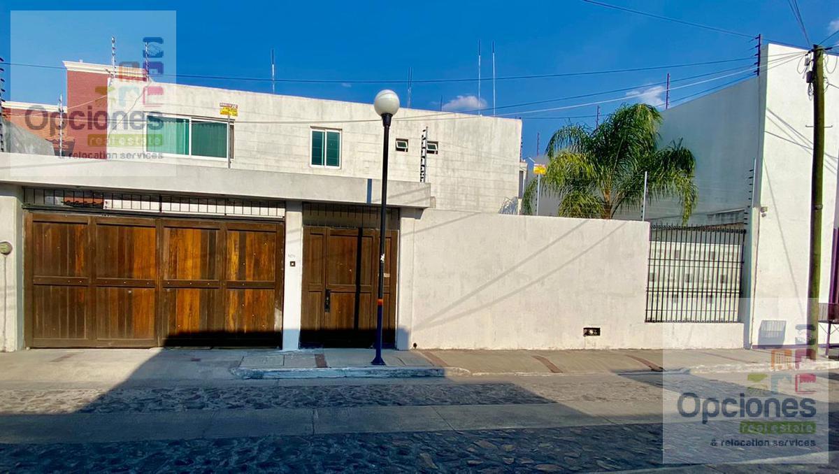 Foto Casa en Venta en  Fraccionamiento Bugambilias,  Salamanca  Bugambilias, Pedro Calderon