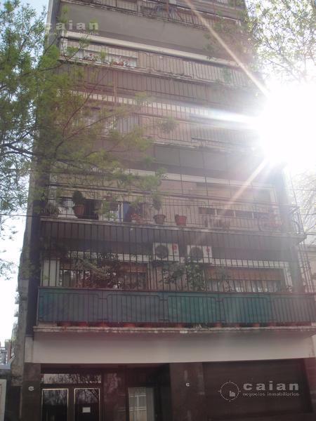 Foto Departamento en Alquiler en  Caballito ,  Capital Federal  Eduardo Acevedo al 200