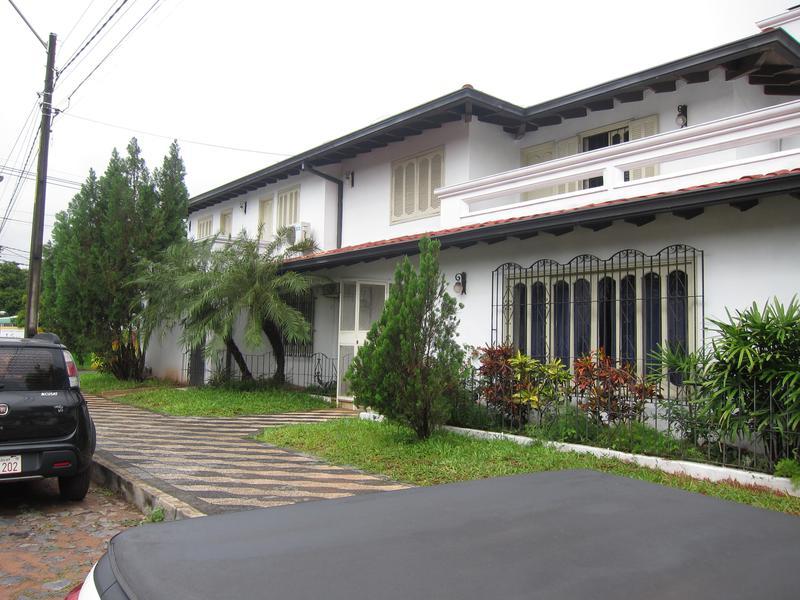 Foto Casa en Alquiler en  Los Laureles,  La Recoleta  Rafael Barret Esq. R-i.6 Boqueron