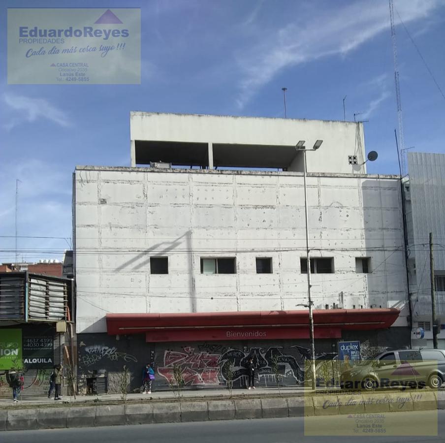 Foto Local en Alquiler en  Lanús Oeste,  Lanús  Av. Presidente Hipólito Yrigoyen 4435