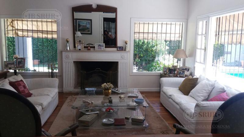 Foto Casa en Venta en  Jardin Espinosa,  Cordoba  Jose Moretto 3700