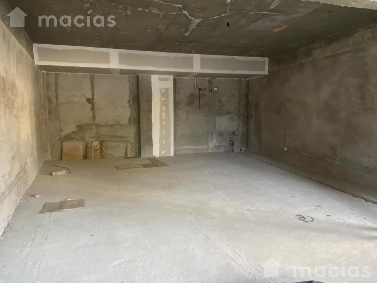 Foto Local en Alquiler en  Yerba Buena ,  Tucumán   Lobo de la Vega 202-300