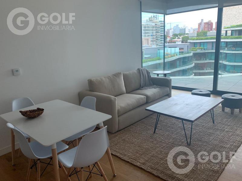 Foto Departamento en Alquiler en  Puerto Buceo ,  Montevideo  FORUM- 1 dormitorio con muebles, garaje y box. Disponible a partir de 07/05