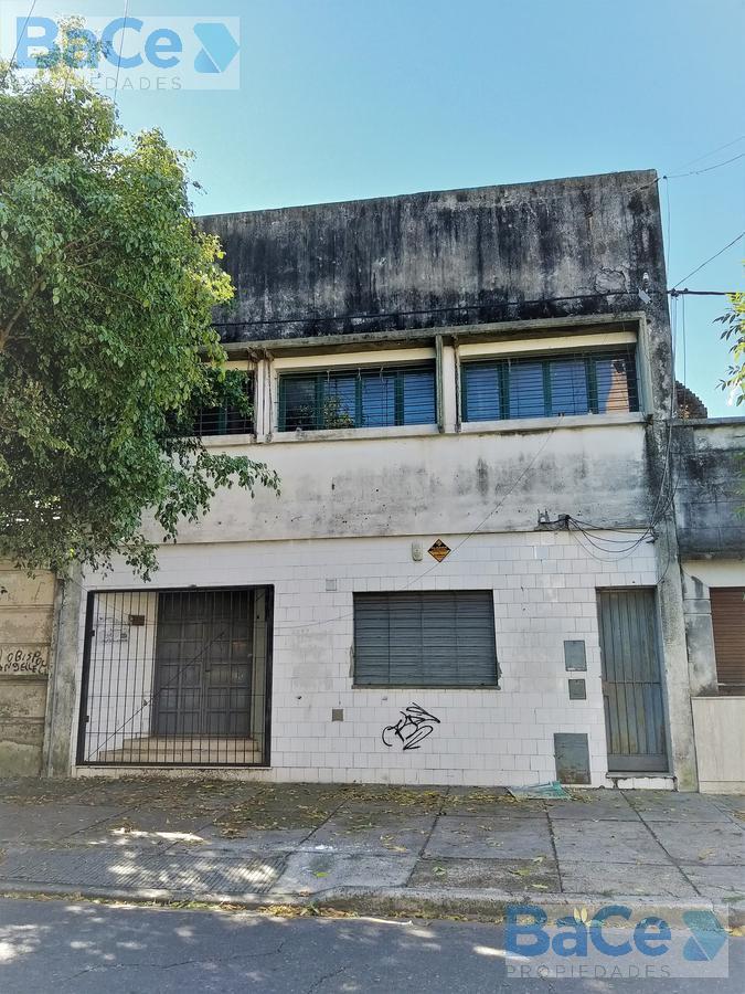 Foto Local en Alquiler en  Abasto,  Rosario  Pasco al 100