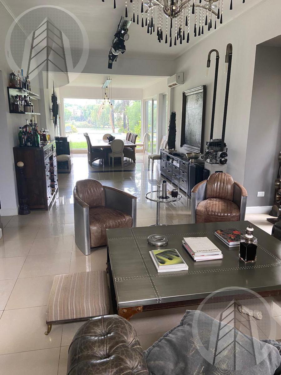 Foto Casa en Venta   Alquiler en  Santa Barbara,  Countries/B.Cerrado (Tigre)  Barrio Santa Barbara