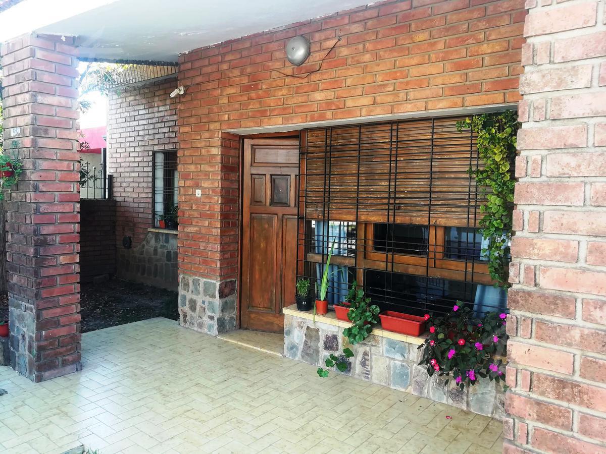 Foto Casa en Venta en  Las Flores,  Cordoba  Lautaro al 100