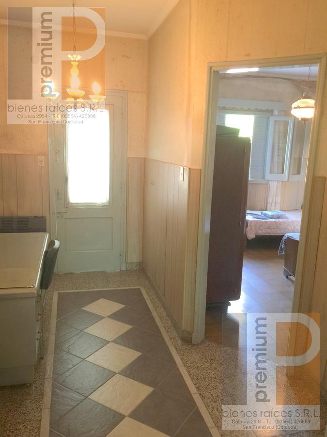 Foto Casa en Venta en  Roca,  San Francisco  RAMÓN Y CAJAL al 500