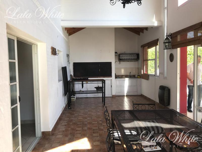 Foto Casa en Alquiler | Venta en  El Lauquen,  Countries/B.Cerrado (E. Echeverría)  Alquiler - Casa en El Lauquen - Canning