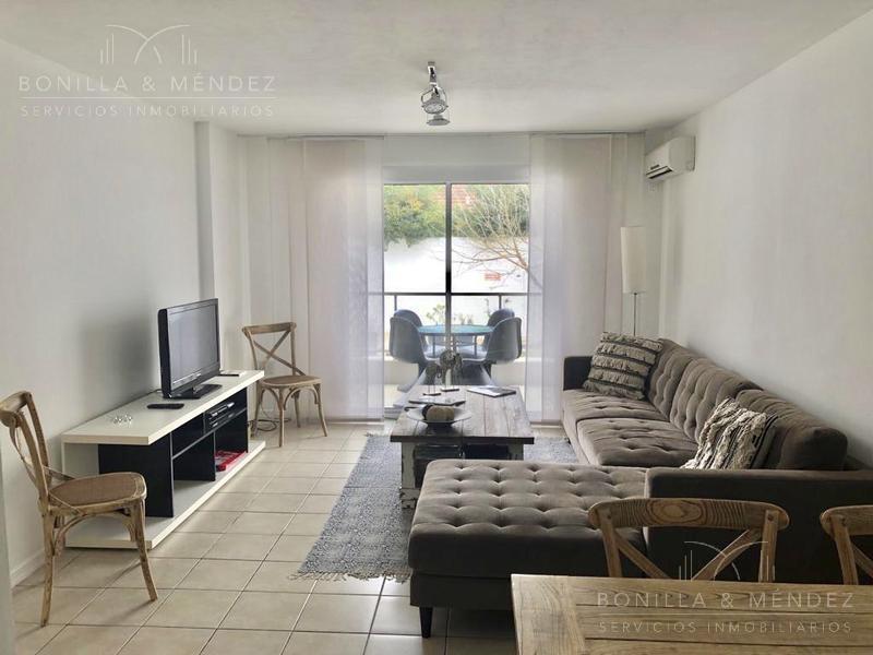 Foto Apartamento en Alquiler temporario en  Aidy Grill,  Punta del Este  Calle Patagonia