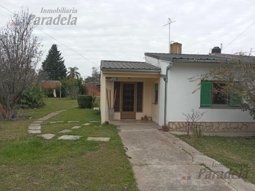 Foto Casa en Venta en  Castelar Sur,  Castelar  Saladillo al 3400