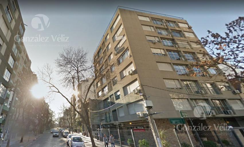 Foto Apartamento en Venta en  Pocitos ,  Montevideo  Pedro Berro esquina  Guayaqui