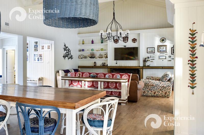 Foto Casa en Alquiler | Alquiler temporario en  Barrio Costa Esmeralda,  Pinamar  Pez Espada - Deportivo - Lote 394