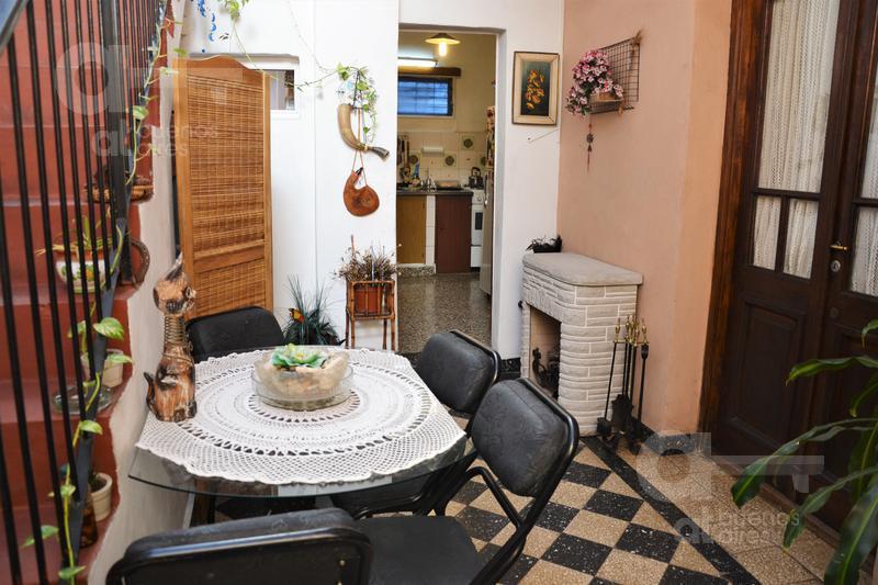 Foto PH en Venta en  Mataderos ,  Capital Federal  Av. Lisandro De La Torre al 1400