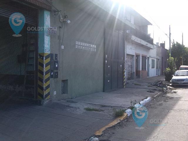 Foto Galpón en Alquiler | Alquiler temporario en  Quilmes Oeste,  Quilmes  Av La Plata al 800
