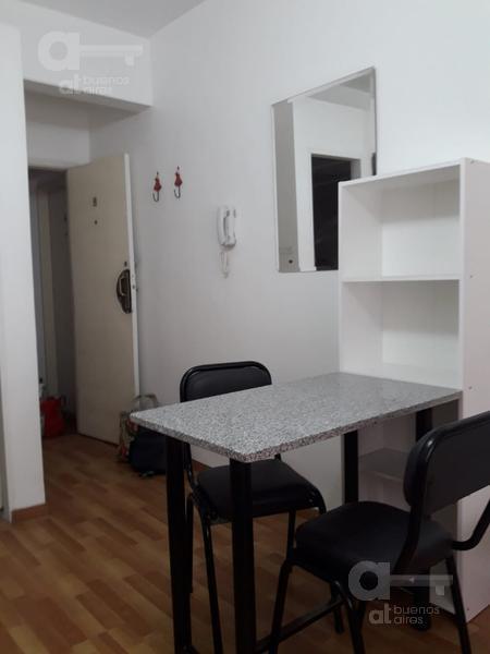 Foto Departamento en Alquiler temporario en  San Telmo ,  Capital Federal  Humberto 1° al 1100