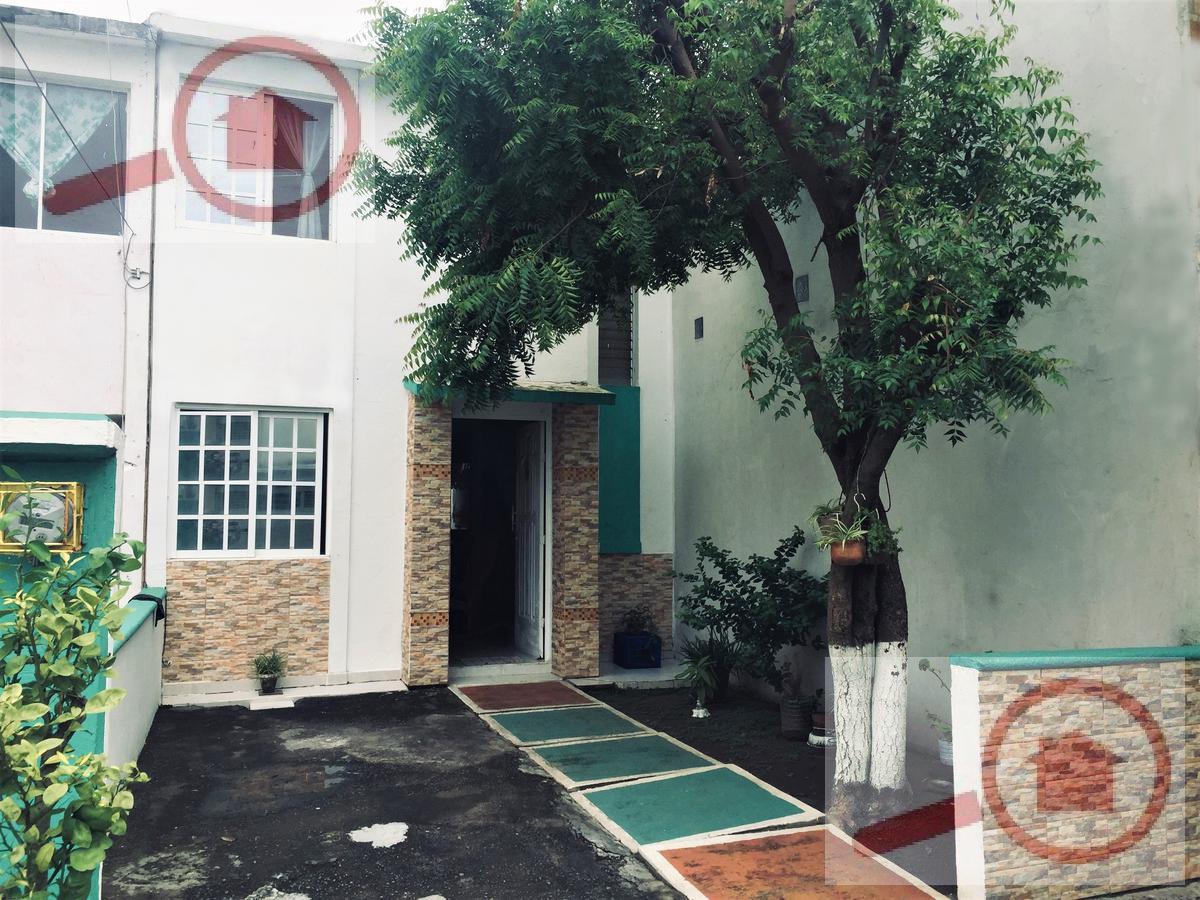 Foto Casa en Venta en  Lomas de Rio Medio II,  Veracruz  Casa en Venta en Lomas de Río Medio atras de DIVER PLAZA Soriana