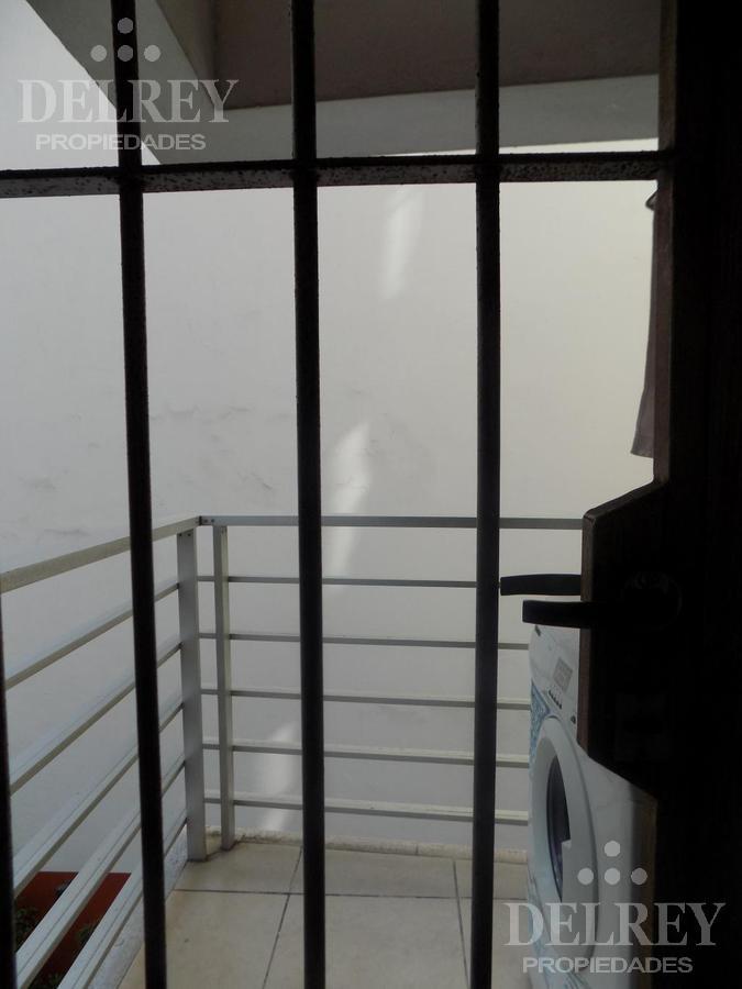 Foto Departamento en Venta en  Pocitos ,  Montevideo  21 de Setiembre y  Rambla Aprox