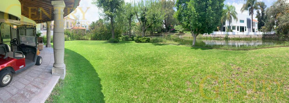 Foto Casa en Venta | Renta en  Fraccionamiento El Campanario,  Querétaro  Residencia en Venta Con Hermosa Vista al Lago