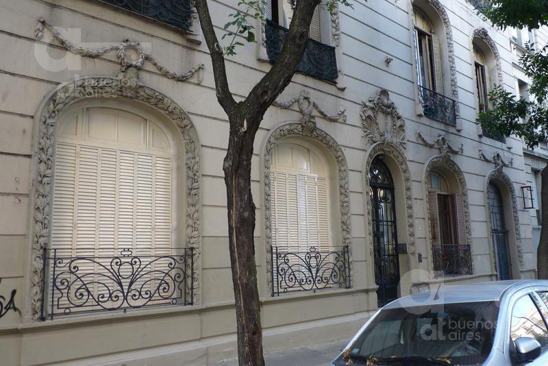Foto PH en Alquiler en  Constitución ,  Capital Federal  Constitucion al 1800