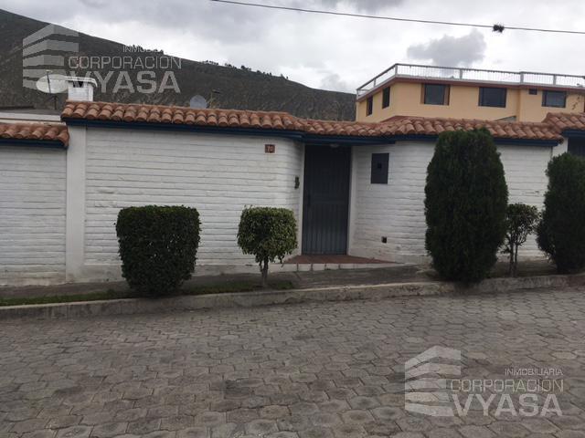 Foto Casa en Venta en  Mitad del Mundo,  Quito  Mitad del Mundo - Sector del Kartódromo, casa de 361 m2 en venta