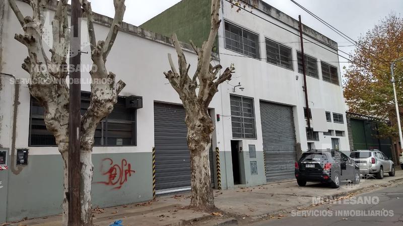 Foto Galpón en Alquiler en  Caseros,  Tres De Febrero  Peru al 3000