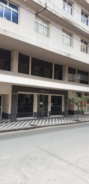 Foto Edificio Comercial en Alquiler en  Centro,  Cordoba Capital  Edificio Comercial - Alquiler - La rioja al 200