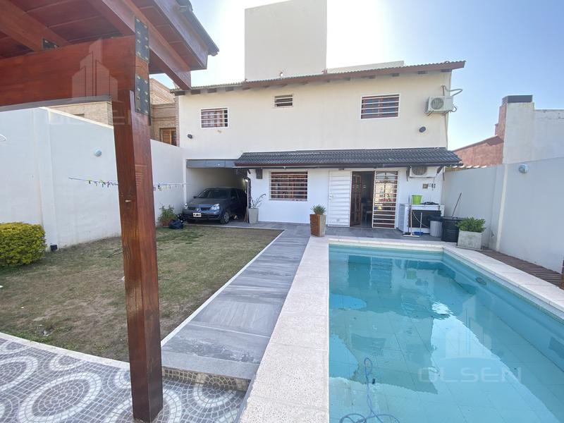 Foto Casa en Venta en  San Salvador,  Cordoba  Agustin Roque Arias al 200