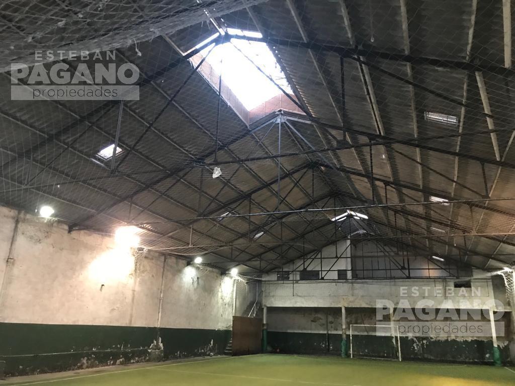 Foto Galpón en Alquiler en  La Plata ,  G.B.A. Zona Sur  8 e 34 y 35 N° 127