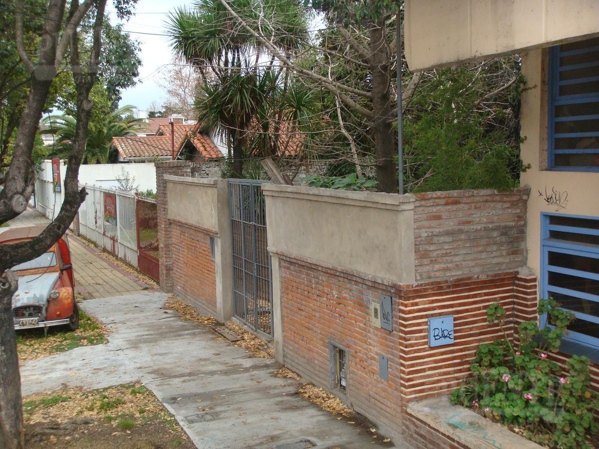 Foto Casa en Venta en  Temperley Este,  Temperley  Estevez Correa 27