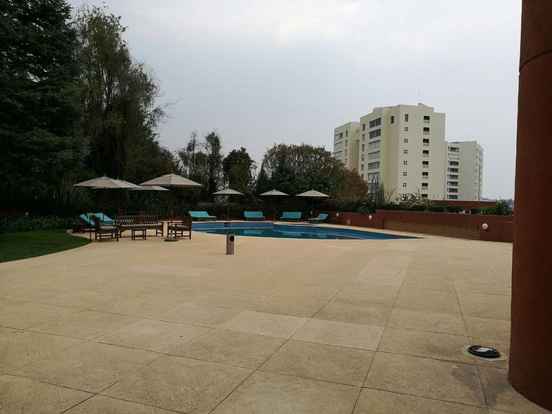 Foto Departamento en Renta en  Lomas Country Club,  Huixquilucan  SKG Asesores Inmobiliarios Rentan Departamento de 3 recámaras en Frondoso II, Lomas Country