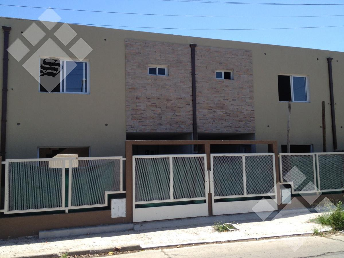 Foto Casa en Venta en  Ituzaingó Norte,  Ituzaingó  Serrano al 1500