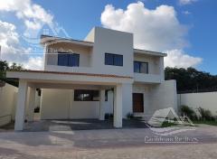 Foto Casa en Renta en  Lagos del Sol,  Cancún  Casa en venta en Lagos del Sol Cancun