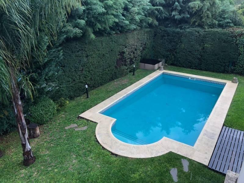 Foto Casa en Venta en  El Mirasol,  Countries/B.Cerrado (Pilar)  La Rioja al 1300