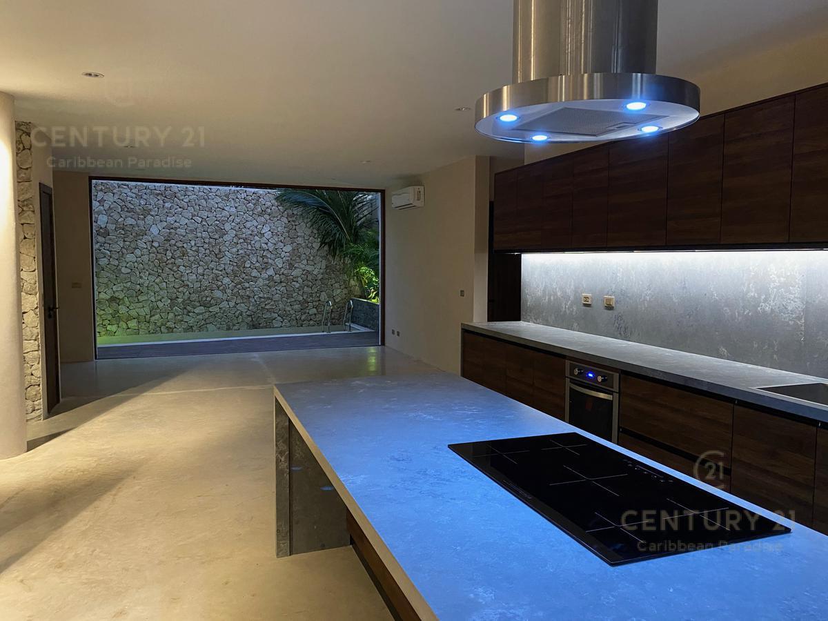 La Veleta House for Sale scene image 23