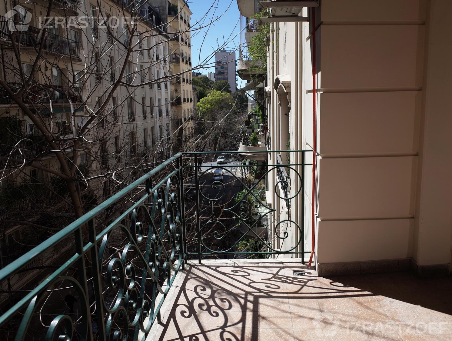 Departamento-Venta-Recoleta-Montevideo al 1700 e/ Quintana y Alvear