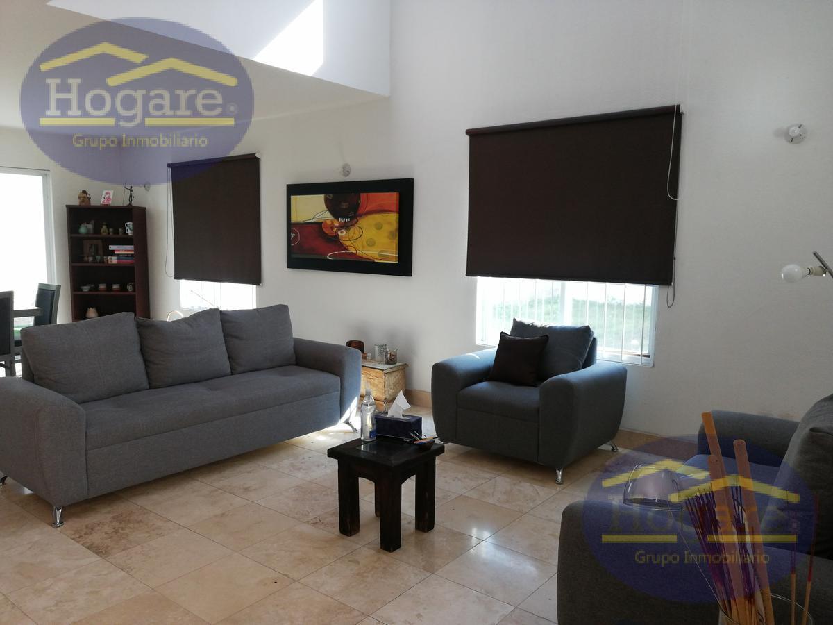 OPORTUNIDAD casa en venta Fraccionamiento Punta del Este León Gto.