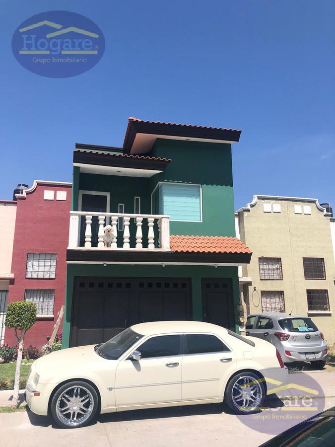 Casa  en Venta en Tajo de Santa Ana en Privada Zona Sur León Gto.