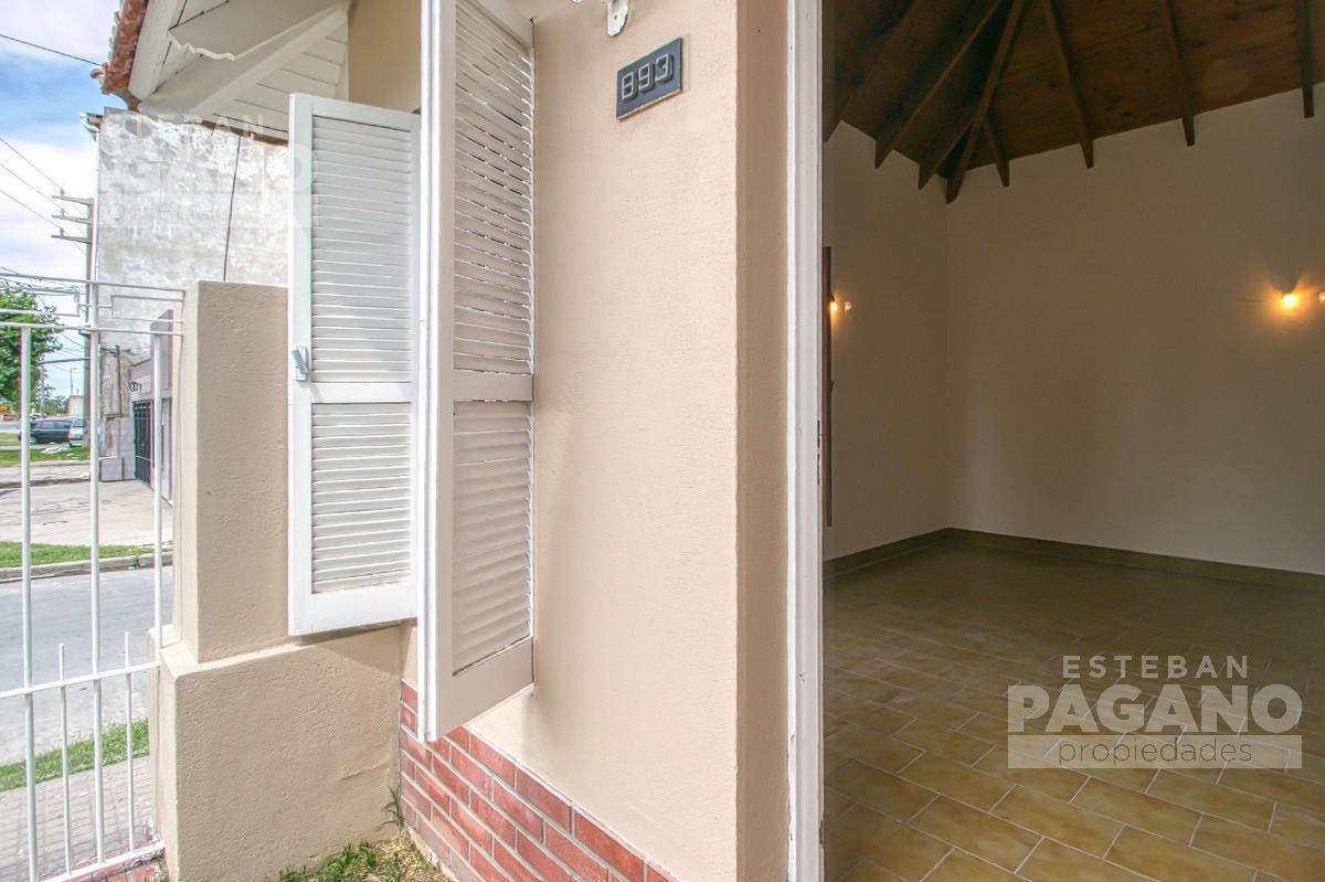 Foto Casa en Venta en  Ensenada ,  G.B.A. Zona Sur  Camino Rivadavia y 129