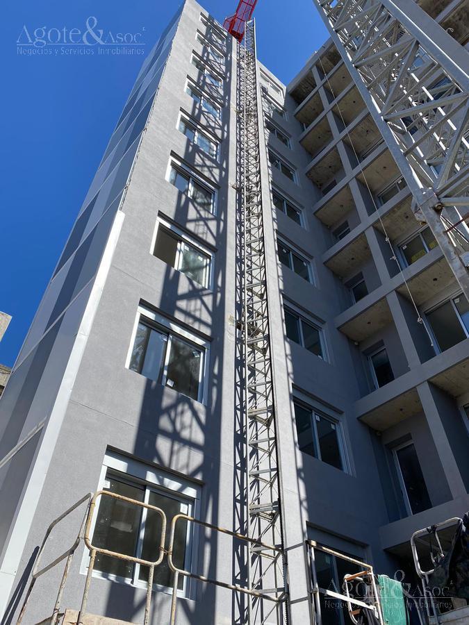 Foto Departamento en Venta en  Centro (Montevideo),  Montevideo  Río Negro 1222