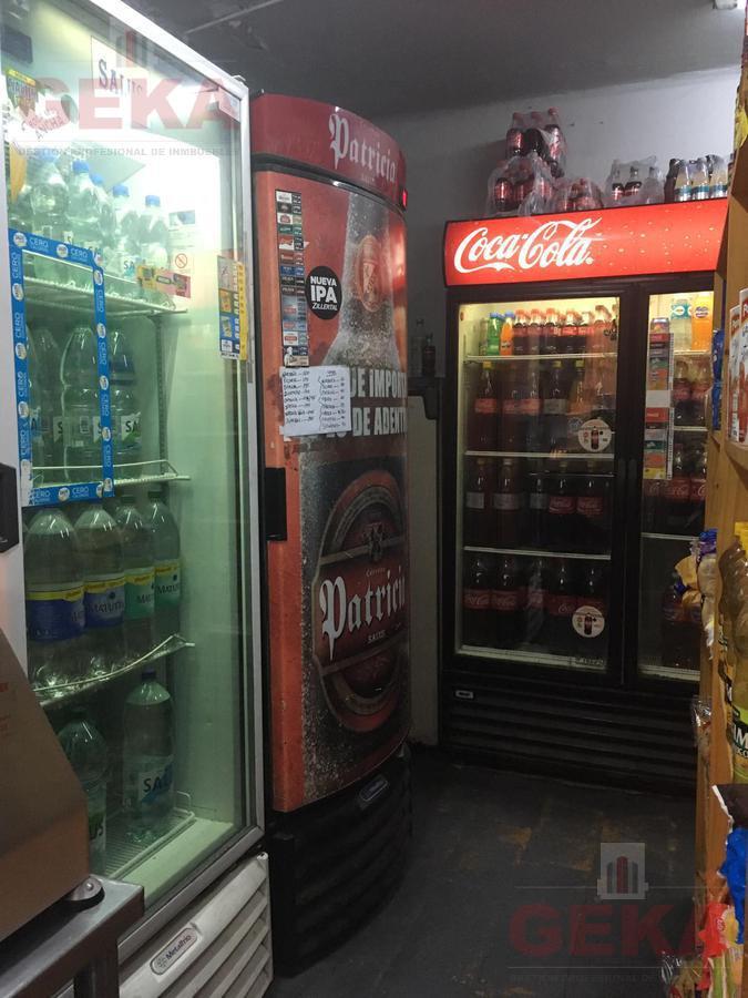 Foto Local en Venta en  Cordón ,  Montevideo  Maldonado al 1300