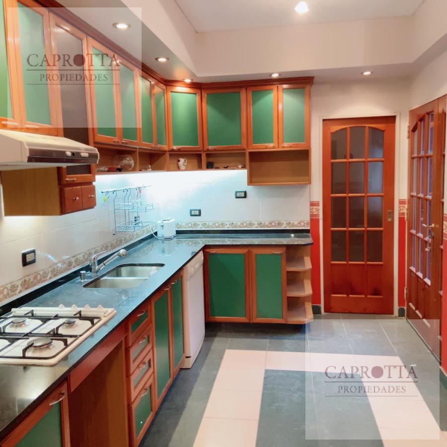 Foto Casa en Venta en  Villa del Parque ,  Capital Federal  Llavallol 2614