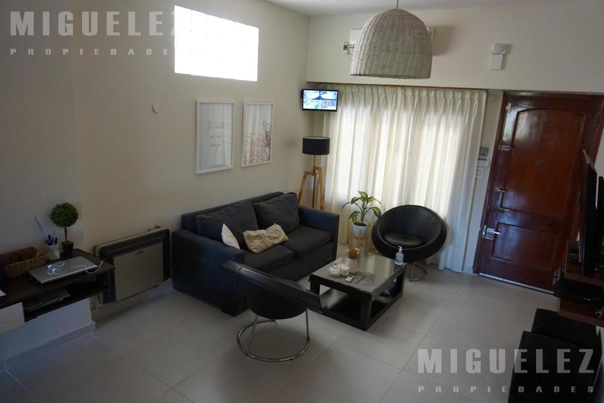 Foto Casa en Venta en  Lanús ,  G.B.A. Zona Sur  MENDEZ 3600