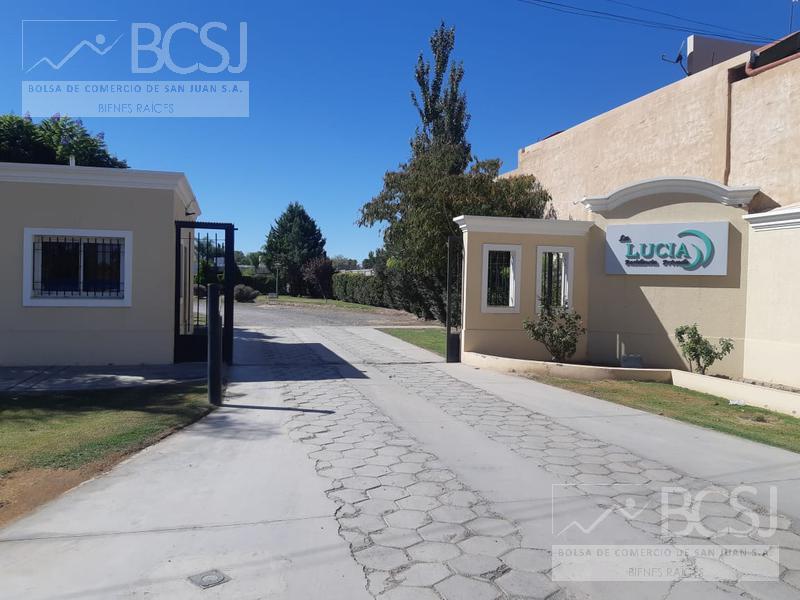 Foto Casa en Venta en  Santa Lucia ,  San Juan  Bº Privado La Lucia - Lote Nº 10 - Ruta 20 - al 3200
