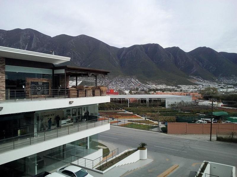 Foto Local en Venta en  Valle Alto,  Monterrey  Local en RENTA