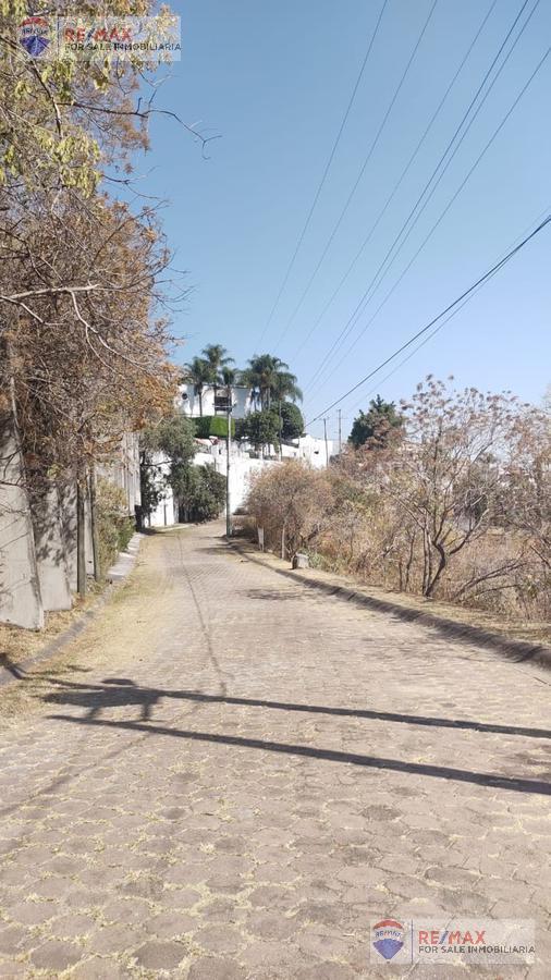 Foto Terreno en Venta en  Fraccionamiento Rancho Tetela,  Cuernavaca  Venta de lote de terreno, Rancho Tetéla, Cuernavaca…Clave 3418