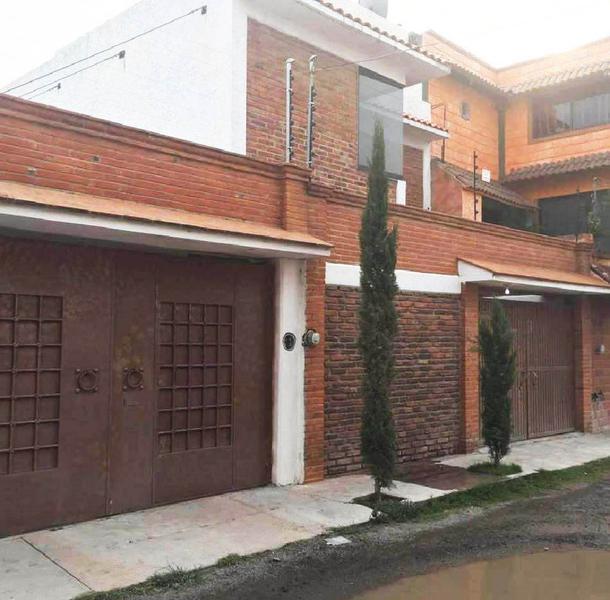 Foto Casa en Venta en  Paseos de Xhosda,  San Juan del Río  Con hermosos acabados.