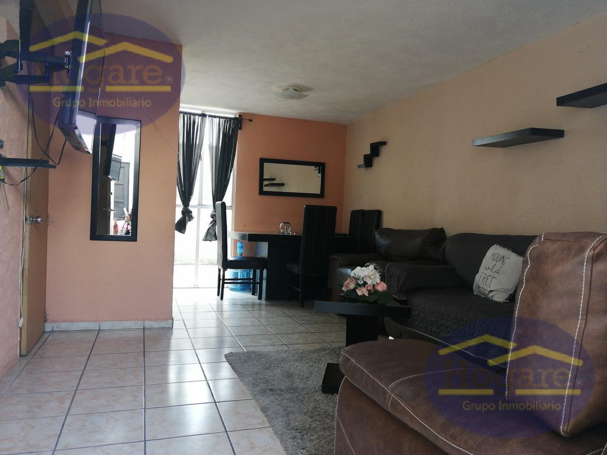 Apartada excelente casa en venta 2 recamarás cochera cerrada Residencial El Faro León Gto.