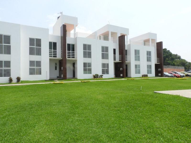 Foto Casa en condominio en Venta en  Centro Jiutepec,  Jiutepec  Venta de casas en condominio con alberca, Jiutepec, Centro..Clave 2566